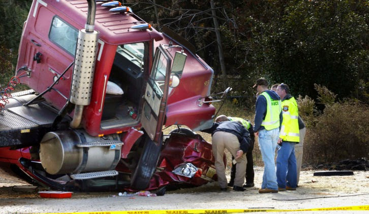 bobtail truck accident